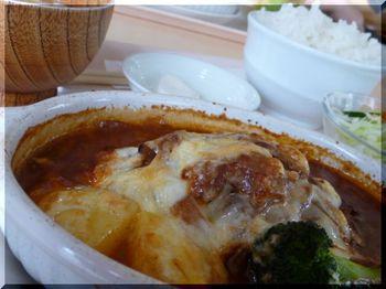 リビエラ(平塚)-煮込みチーズハンバーグ2.JPG